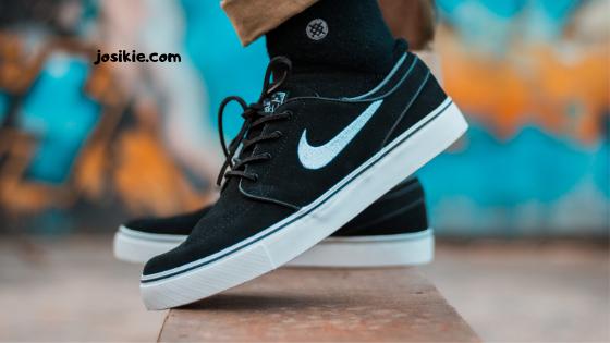 Makna dan Arti Logo Sepatu Nike